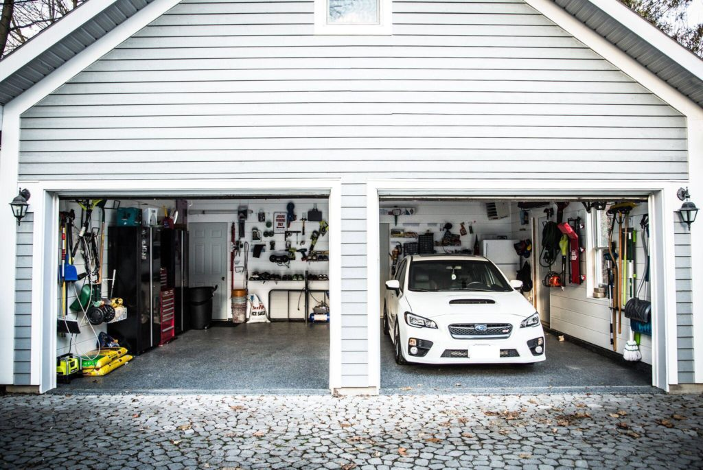 Mint Garage Header